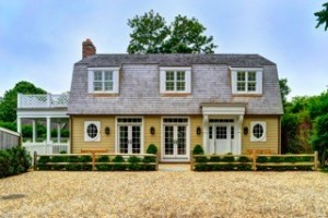 Historic Amagansett Home by Samet & Wold
