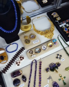EH Antique show jewelry